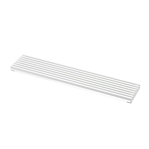 Luftegitter i aluminium med hvit farge. Justerbar høyde.