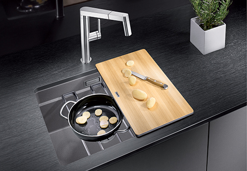 BLANCO ETAGON 500-U - multifunksjonell vask med 3 nivåer.