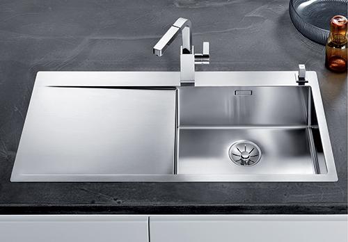 BLANCO FLOW XL 6S-IF kjøkkenvask i rusfritt stål i SteelArt serien.