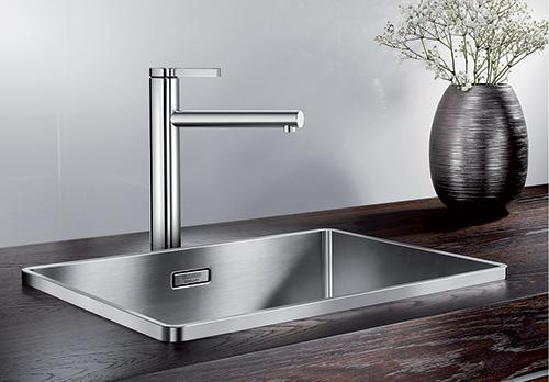 BLANCO ATTIKA XL 60 kjøkkenvask i rustfritt stål med blandebatteri BLANCO LINEE.