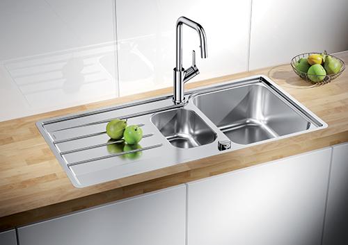 BLANCO LEMIS 6S-IF kjøkkenvask med stor og liten kum.