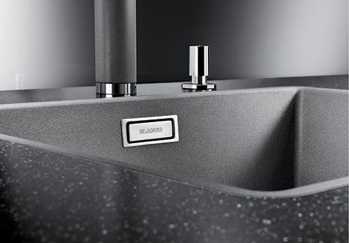 BLANCO SUBLINE 500-F i Silgranit PuraDur for planliming, farge alu metallic. (Subline leveres uten oppløft.)