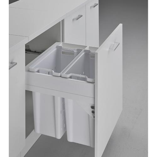 Pullboy Soft Laundry 60 - skittentøyskurver for montering i skrogsidene i et 60 cm skap. Trekkes ut på integrerte rulleskinner.