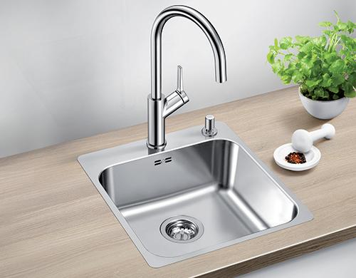 BLANCO SUPRA 400-IFA kjøkkenvask i rustfritt stål med oppløft.