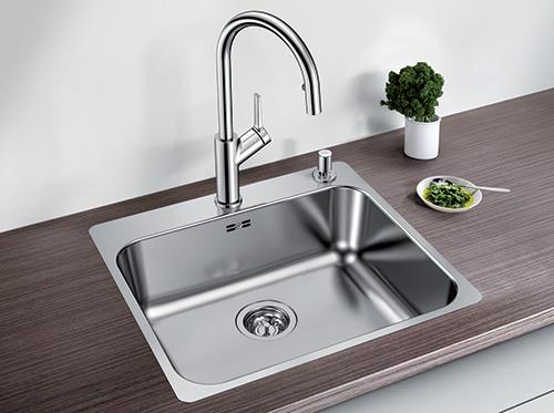 BLANCO SUPRA 500-IFA kjøkkenvask i rustfritt stål med oppløft.