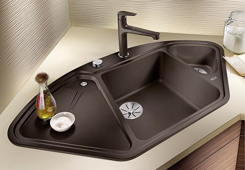 BLANCO DELTA II i Silgranit PuraDur, farge kaffe. Kjøkkenvask for hjørneskap 90 x 90 cm. Smart løsning som utnytter plassen i kjøkkenet.