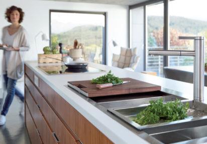 Kjøkkenvasker med godt design og riktig tilbehør gir en mer effektiv hverdag.