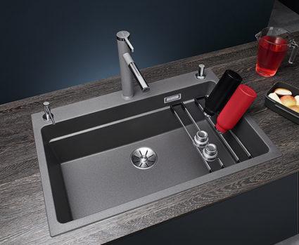 BLANCO ETAGON 8 i SILGRANIT PuraDur, farge alu metallic. Kjøkkenvask med integrert profilkant i vasken.