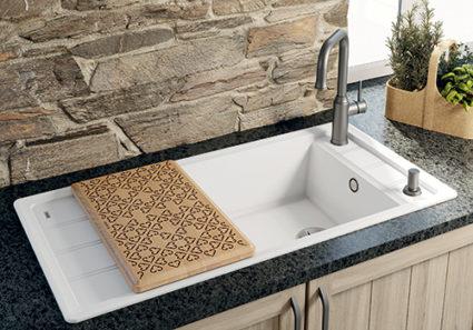 BLANCO FARON XL 6 S i SILGRANIT PuraDur. Kjøkkenvask i landstil.