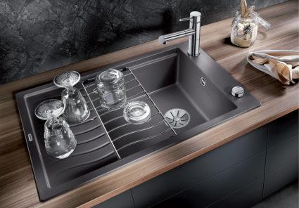 BLANCO ELON XL 6S kjøkkenvask leveres med drypperist i rustfritt stål.