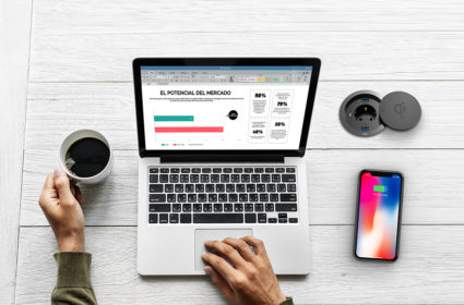 Minibatt MB-Fr80 trådløs multilader for mobile enheter som støtter Qi teknologi, som f.eks. smarttelefoner, airpods, Apple watch.