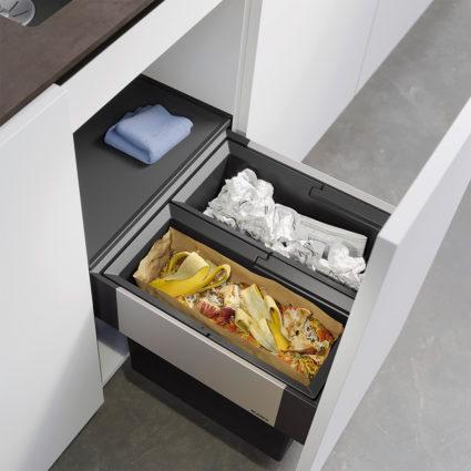 2-delt integrert avfallssorterer Blanco Select II 45/2 med manuelt uttrekk til 45 cm skap.