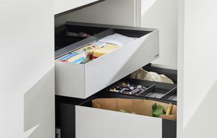 3-delt uttrekkbar skuff til Blanco Select avfallssorterer for 60 cm skap med skinner.