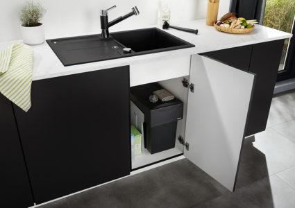 2-delt avfallssorterer Blanco Botton II 30/2 med manuelt uttrekk til 30 cm skap.